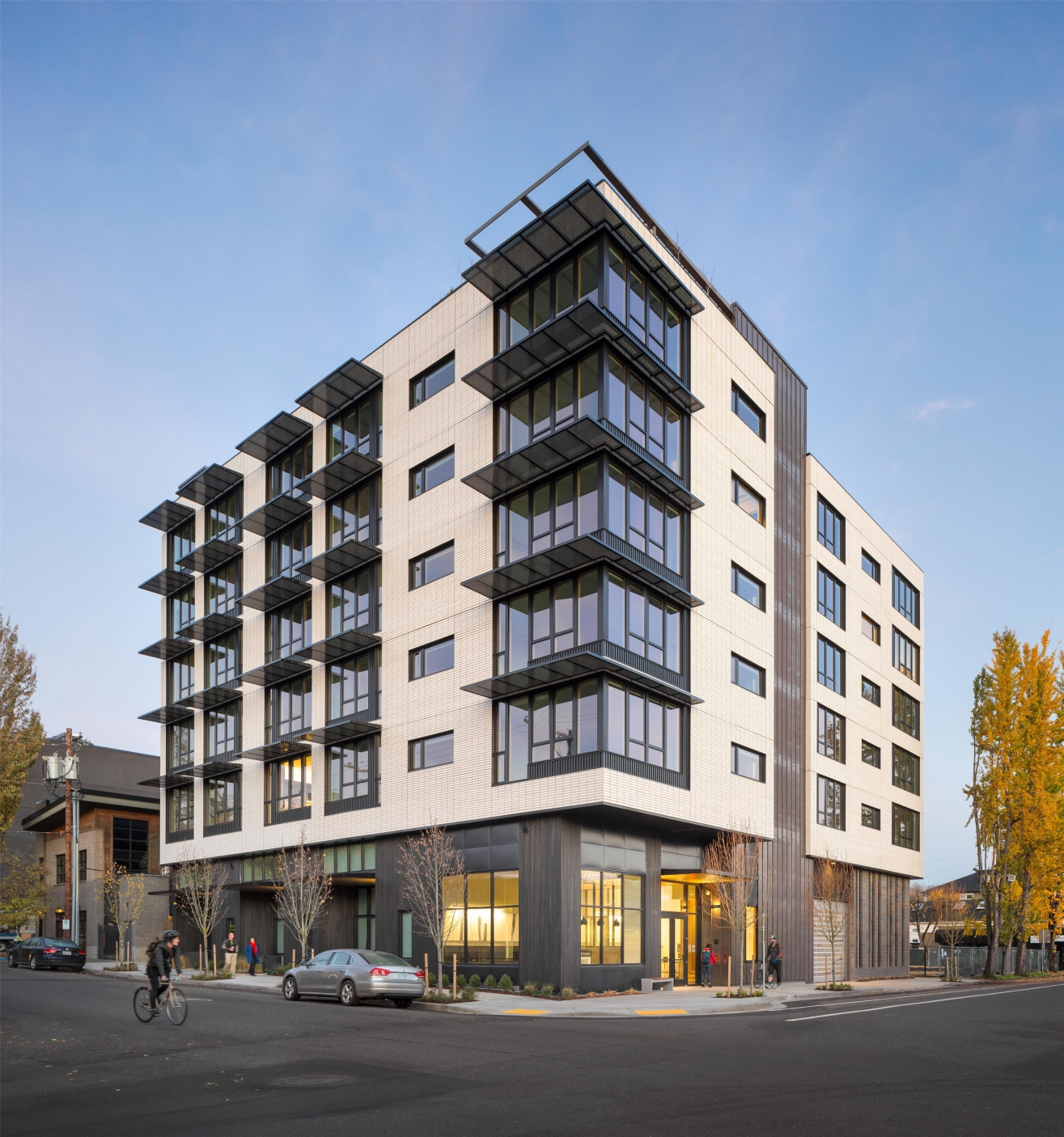 Muse apartments gbd architects portland oregon for Building a house in portland oregon