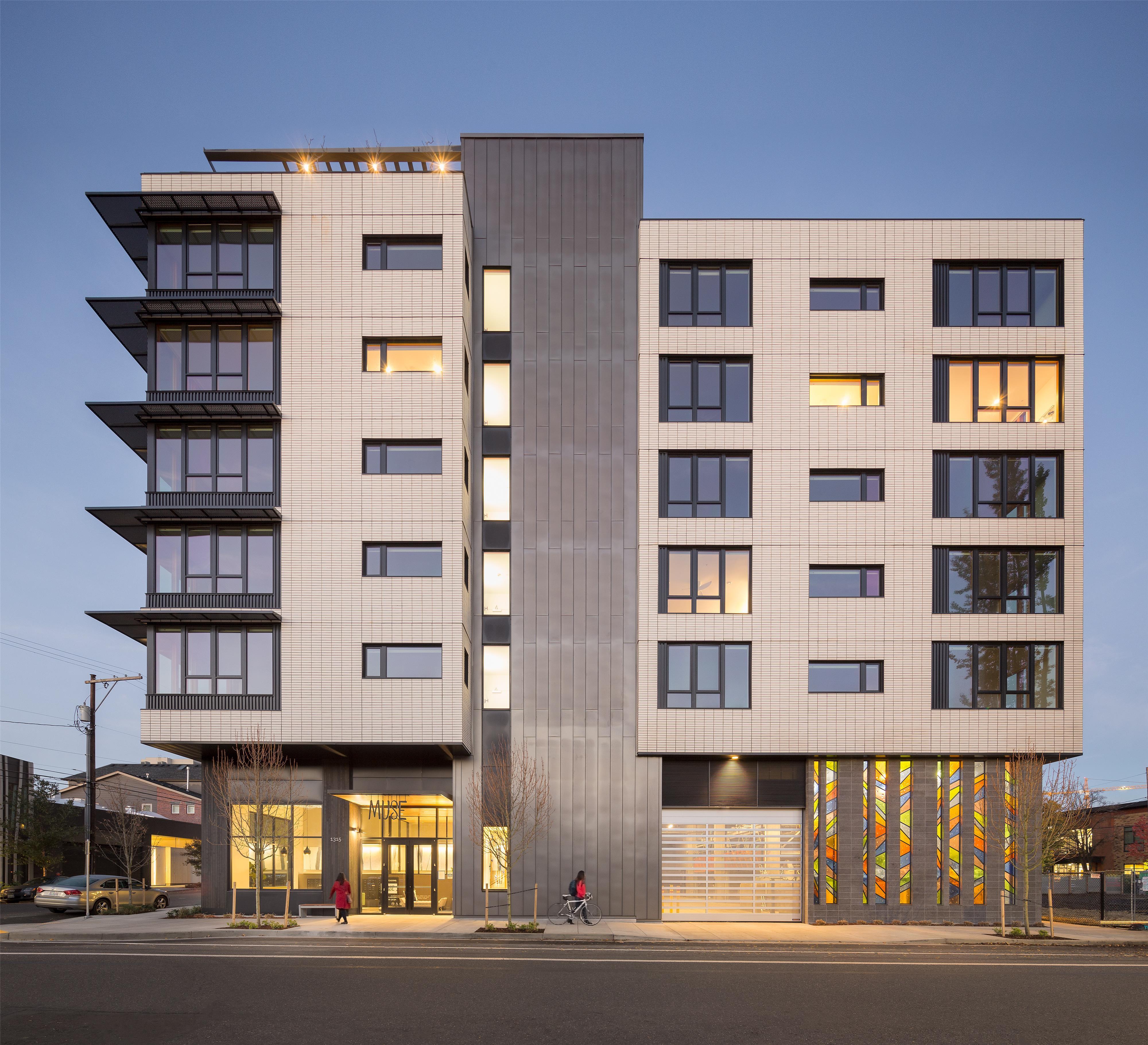 Apartments Om: GBD Architects, Portland, Oregon